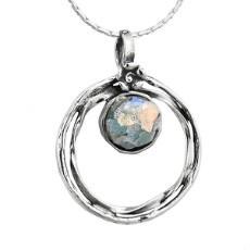 Кулон из серебра 925 пробы с романским стеклом